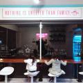 kids at food counter